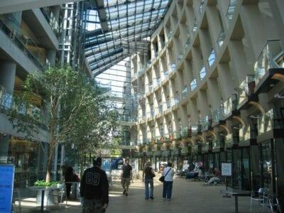 Dentro de la Biblioteca Principal de Salt Lake City Salt Lake City Estados Unidos