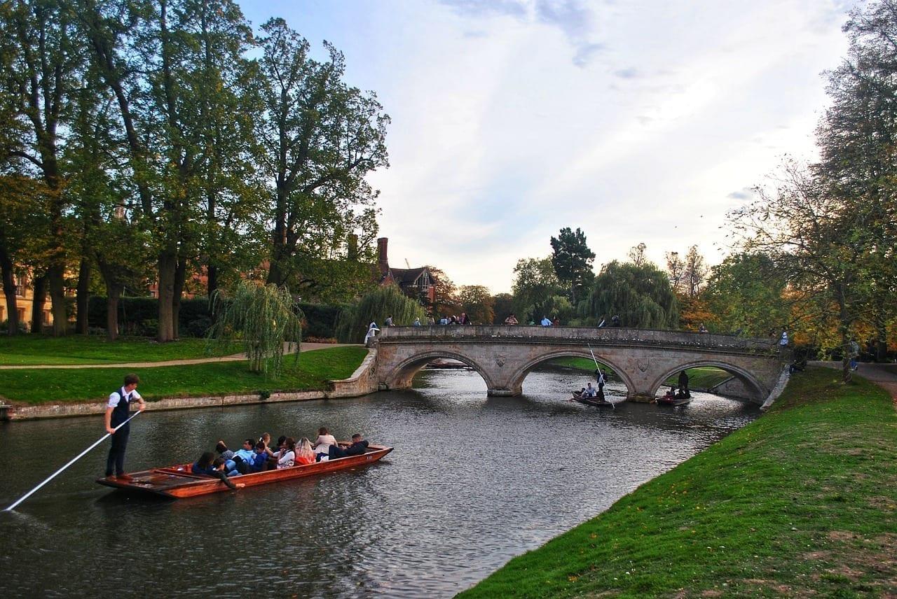 Despejes Cambridge Río Reino Unido