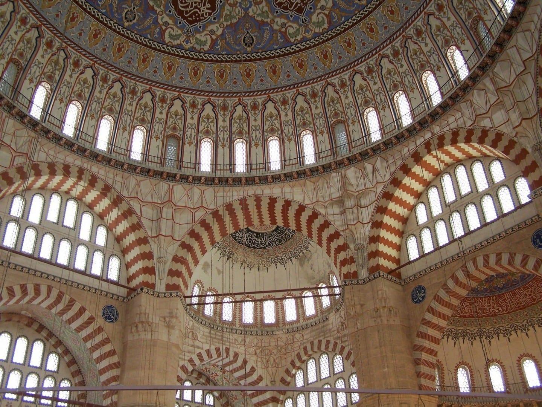 Detalle del interior de la Mezquita Selimiye Edirne Turquía