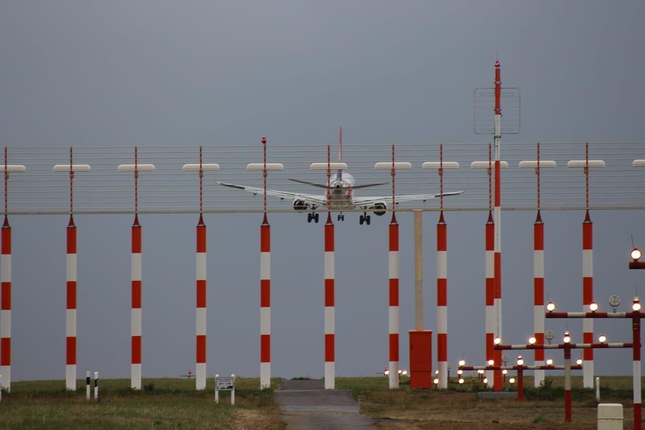 Dhe Aeropuerto Düsseldorf Alemania