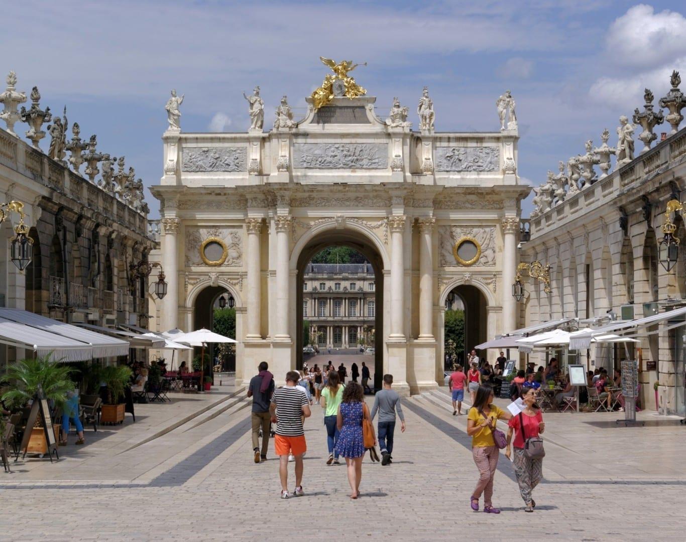 El Arco Aquí, visto desde el lugar Stanislas Nancy Francia