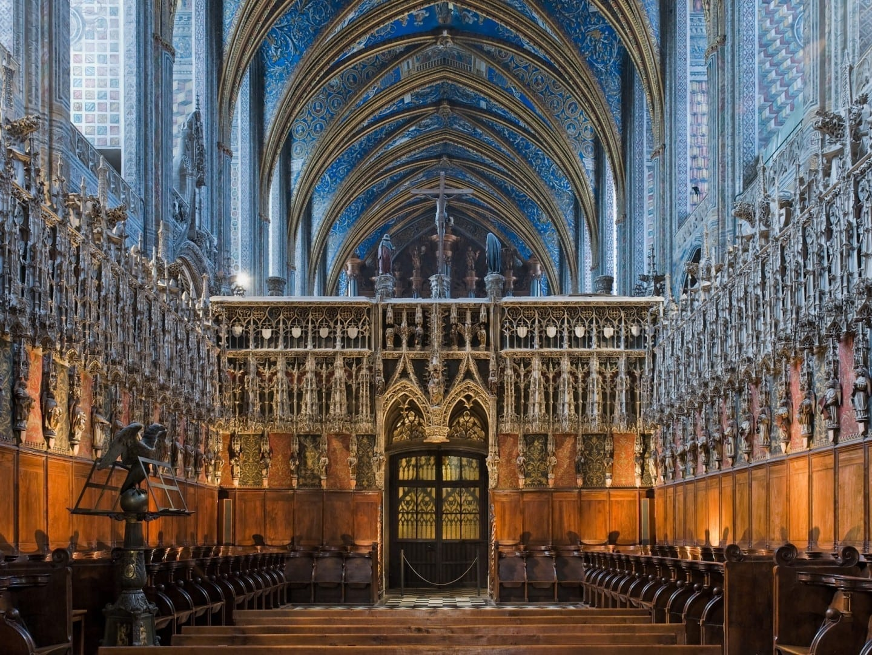 El coro y la pantalla del coro de la catedral Albi Francia