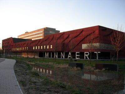 El edificio de Minnaert- en el campus universitario de Uithof Utrecht Países Bajos