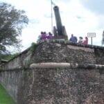 El Fuerte Cornwallis fue construido en el lugar donde Francis Light aterrizó por primera vez en 1786. George Town Malasia