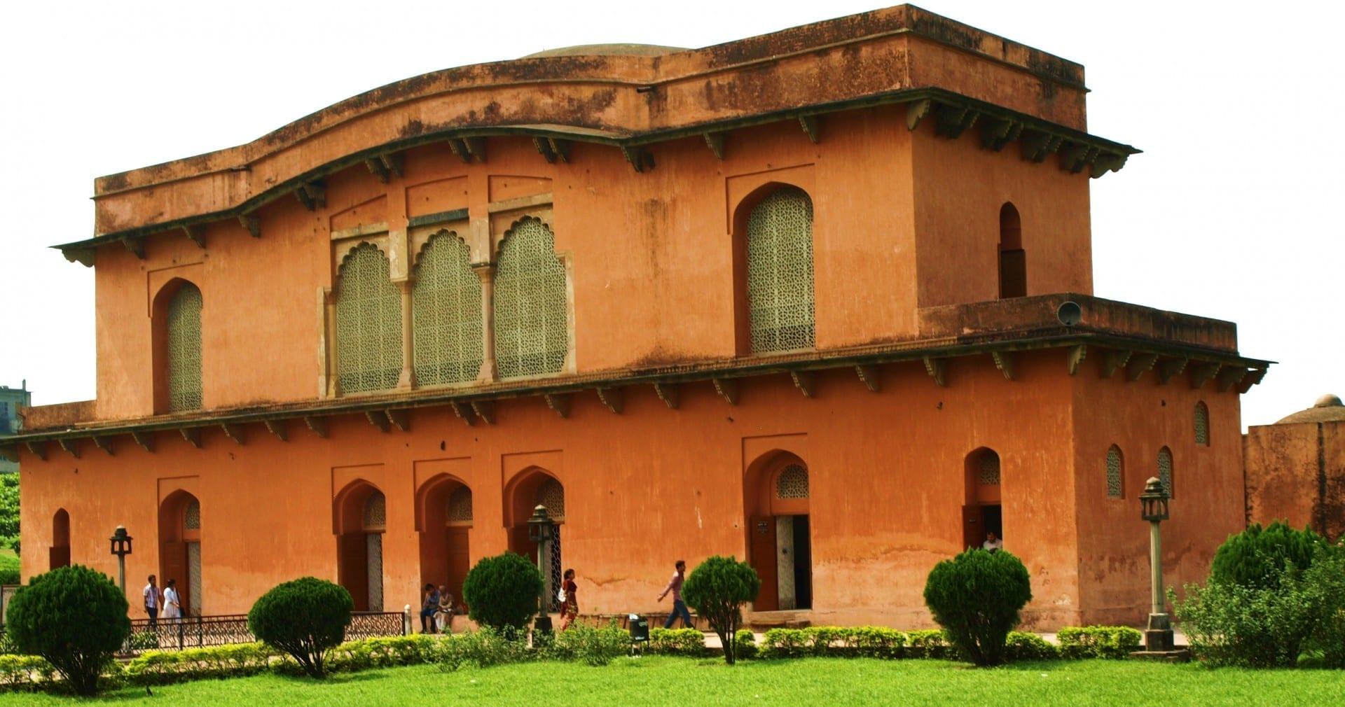 El Fuerte Mughal Lalbagh del siglo XVII Daca Bangladesh