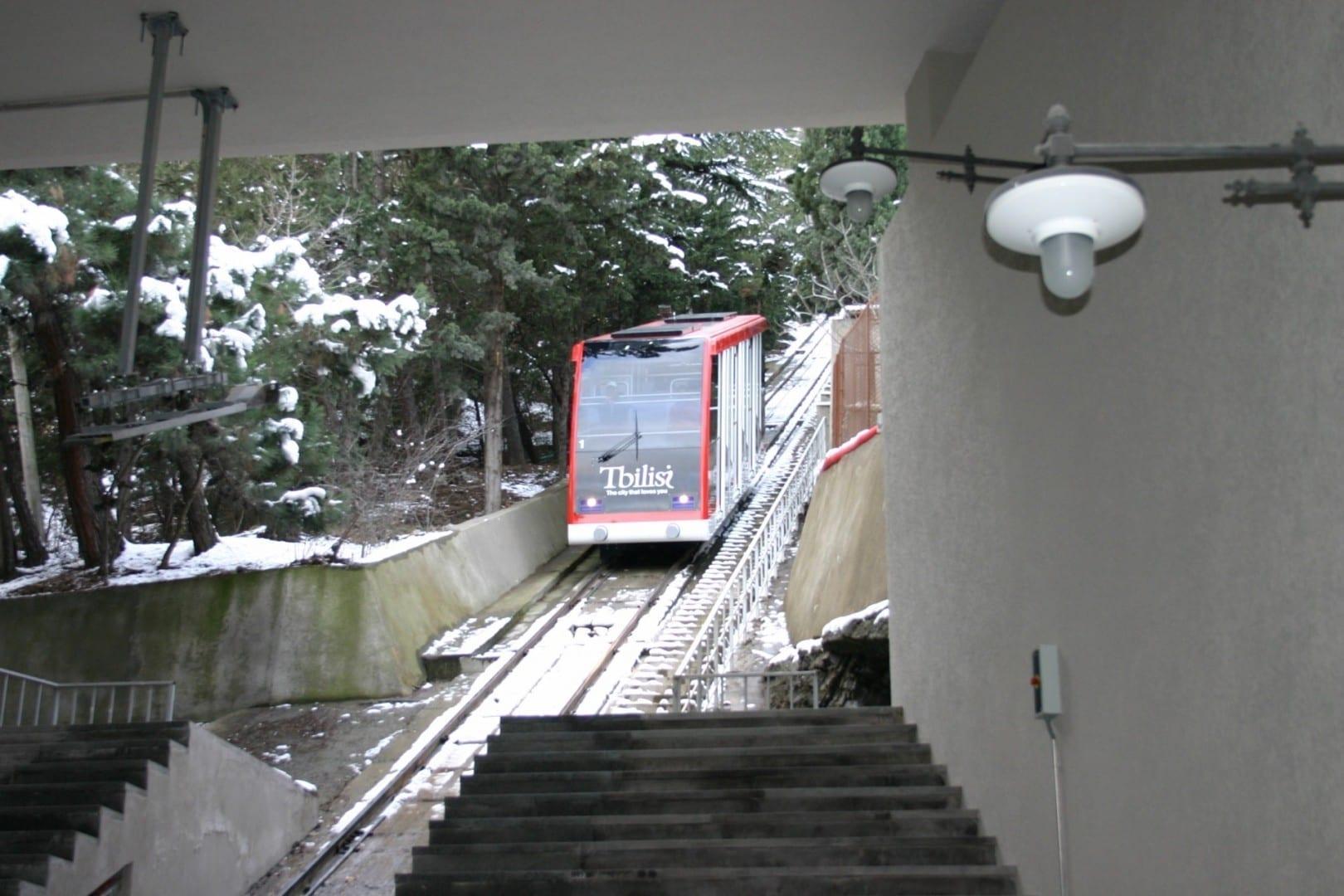 El Funicular reabrió en diciembre de 2012 Tiflis Georgia