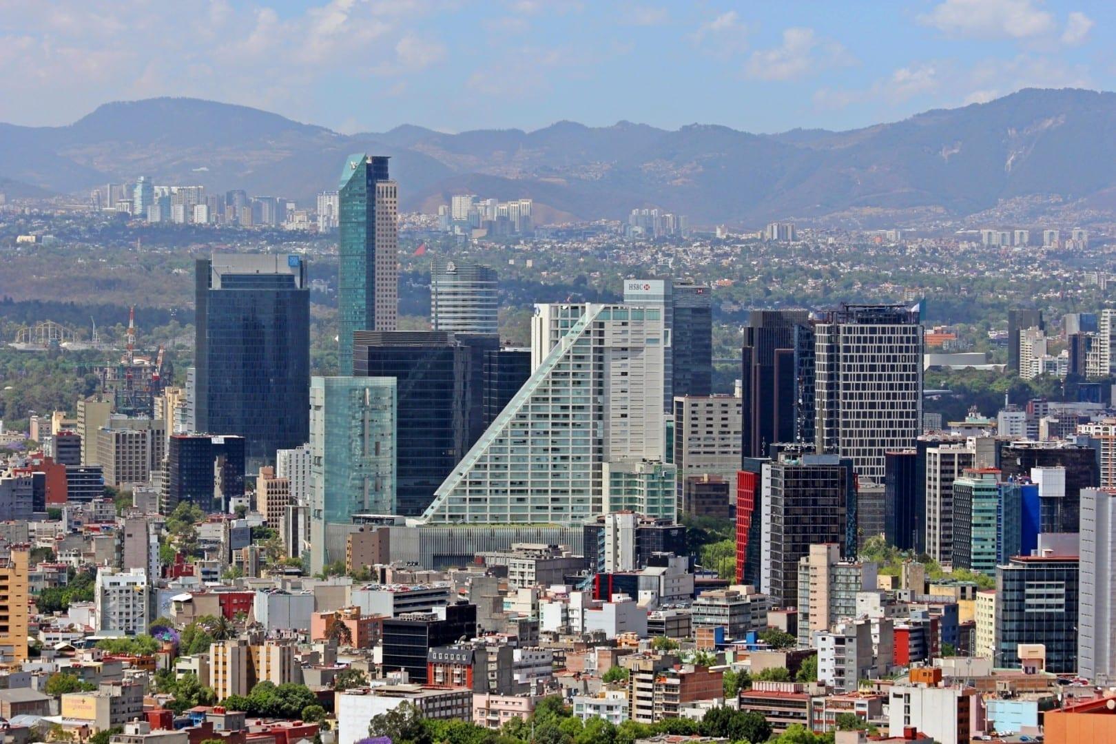 El horizonte de los rascacielos de Reforma Ciudad de México México
