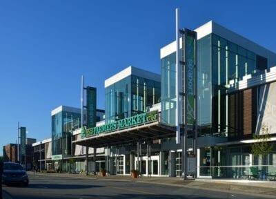El Mercado de Agricultores del Puerto, situado junto a la terminal de cruceros y al Museo Canadiense de la Inmigración en el Muelle 21 Halifax (Nueva Escocia) Canadá