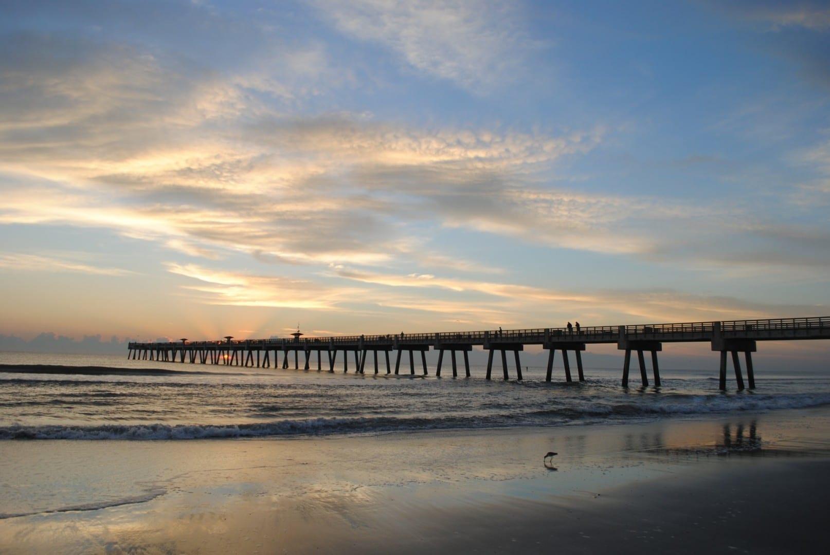 El muelle de la playa de Jacksonville Jacksonville (Florida) Estados Unidos