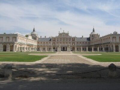 El Palacio Rotal de Aranjuez, uno de los :comunes:Galería de imágenes de Aranjuez Aranjuez España