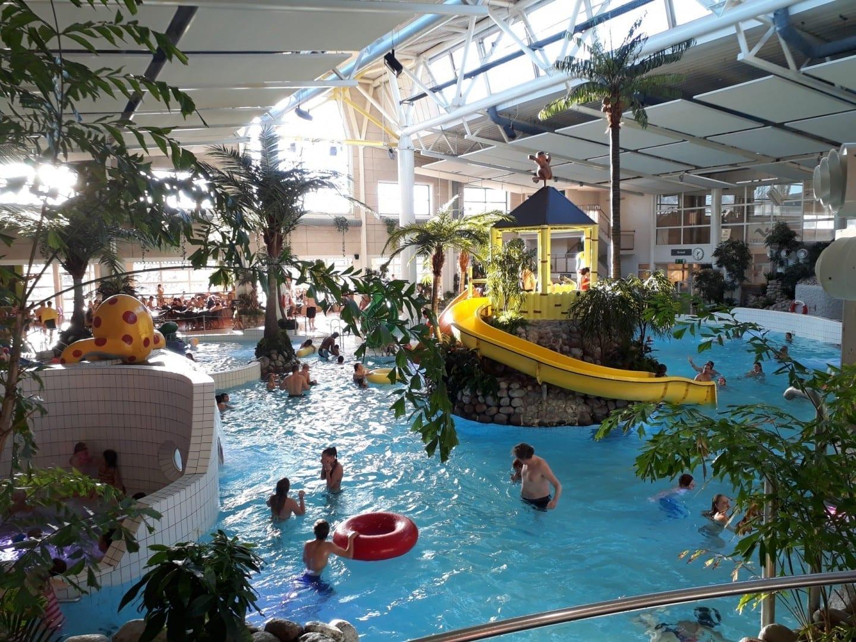 El parque acuático tropical Fyrishov. Uppsala Suecia