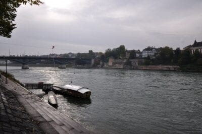 El puente de Wettstein en Basilea Basilea Suiza