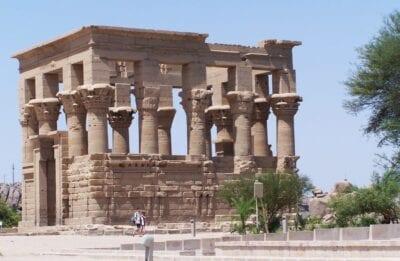 El quiosco de Trajano Asuán Egipto
