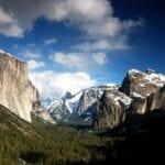 El Valle de Yosemite desde la vista del túnel Yosemite Parque Nacional CA Estados Unidos