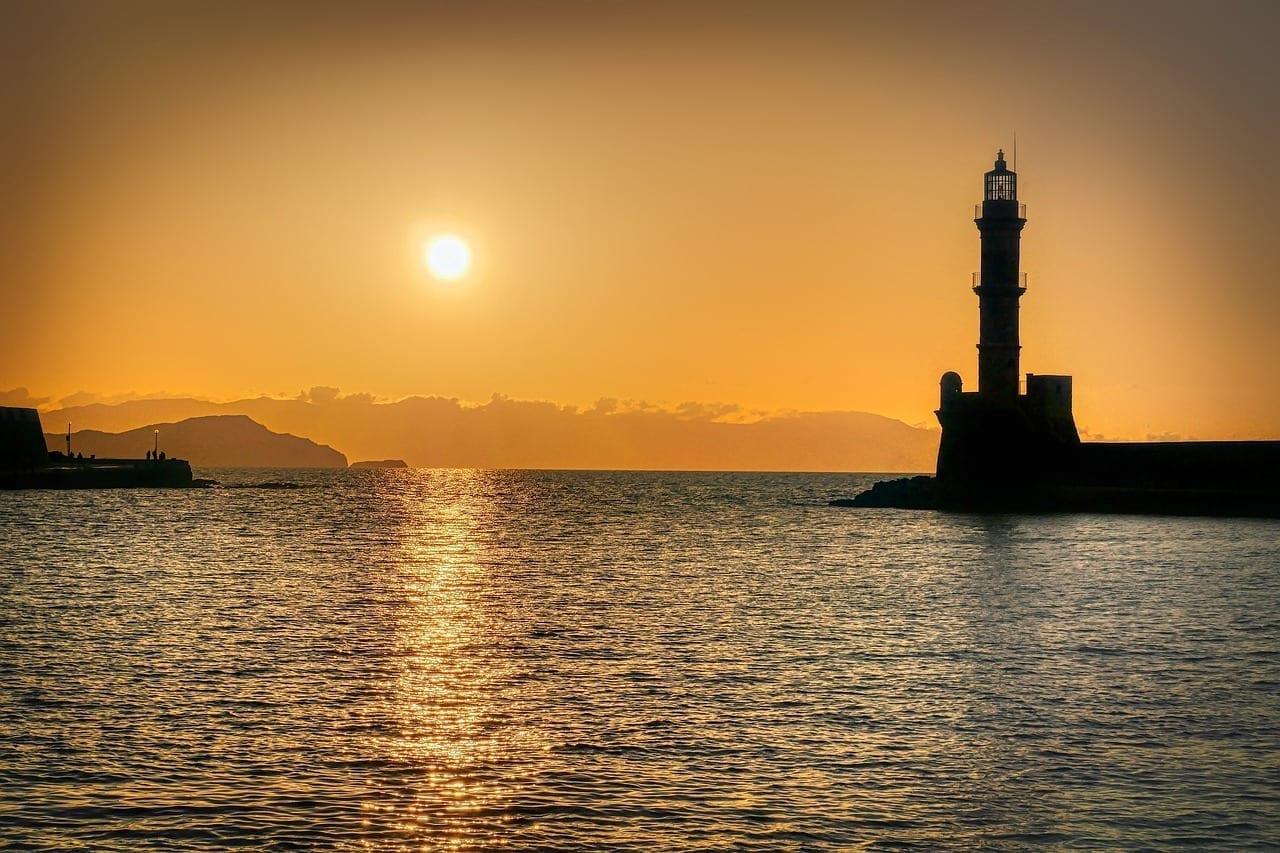 Faro Abendstimmung Chania Grecia