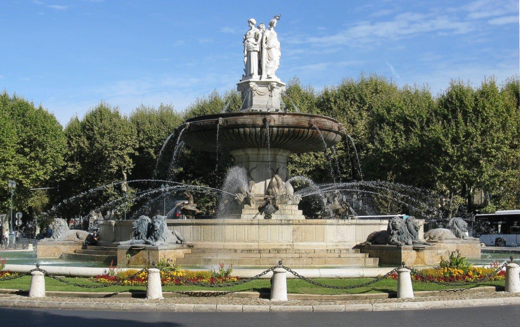 Fuente de la Rotonda Aix-en-Provence Francia