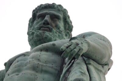 Hércules Kassel Estatua Alemania