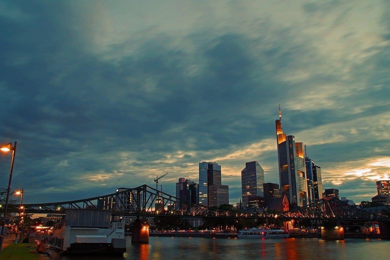 Horizonte Frankfurt Rascacielos Alemania