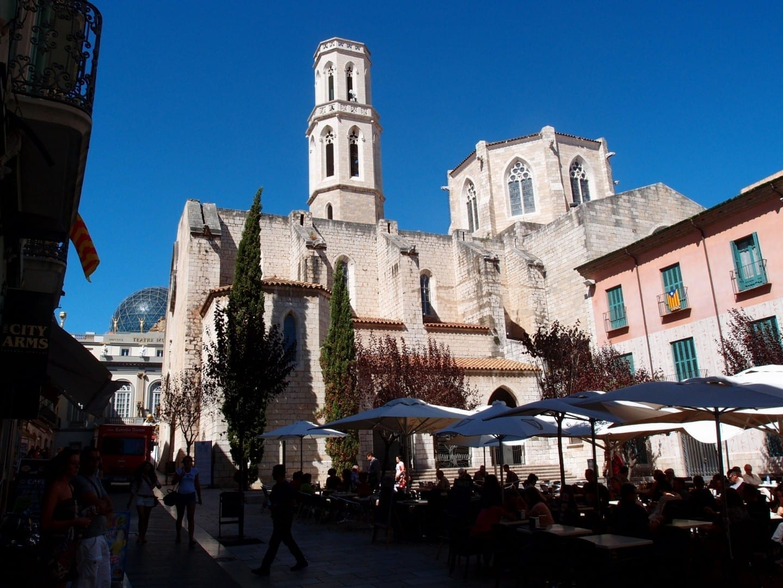 Iglesia de San Pedro Figueres España