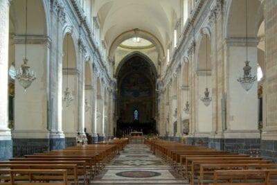 Interior del Duomo (Catedral de Santa Ágata) Catania, Sicilia Italia