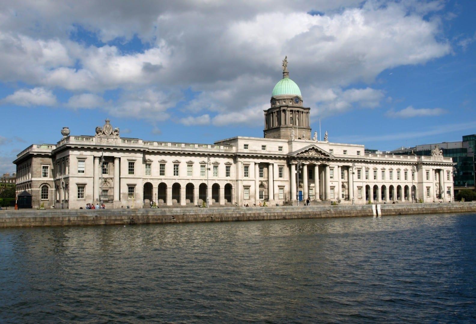 La Aduana en el Liffey Dublin Irlanda