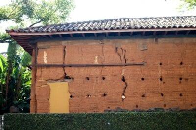 La Casa Grande y Tulha, en el Jardim Proença, son los restos de la primera finca de café de Campinas. Campinas Brasil