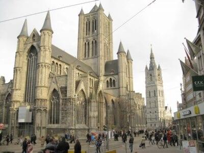 La iglesia de Sint-Niklaas Gante Bélgica