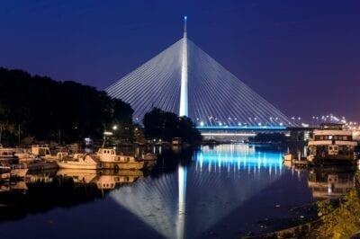 La Mayoría De Na Adi Puente Belgrado Serbia