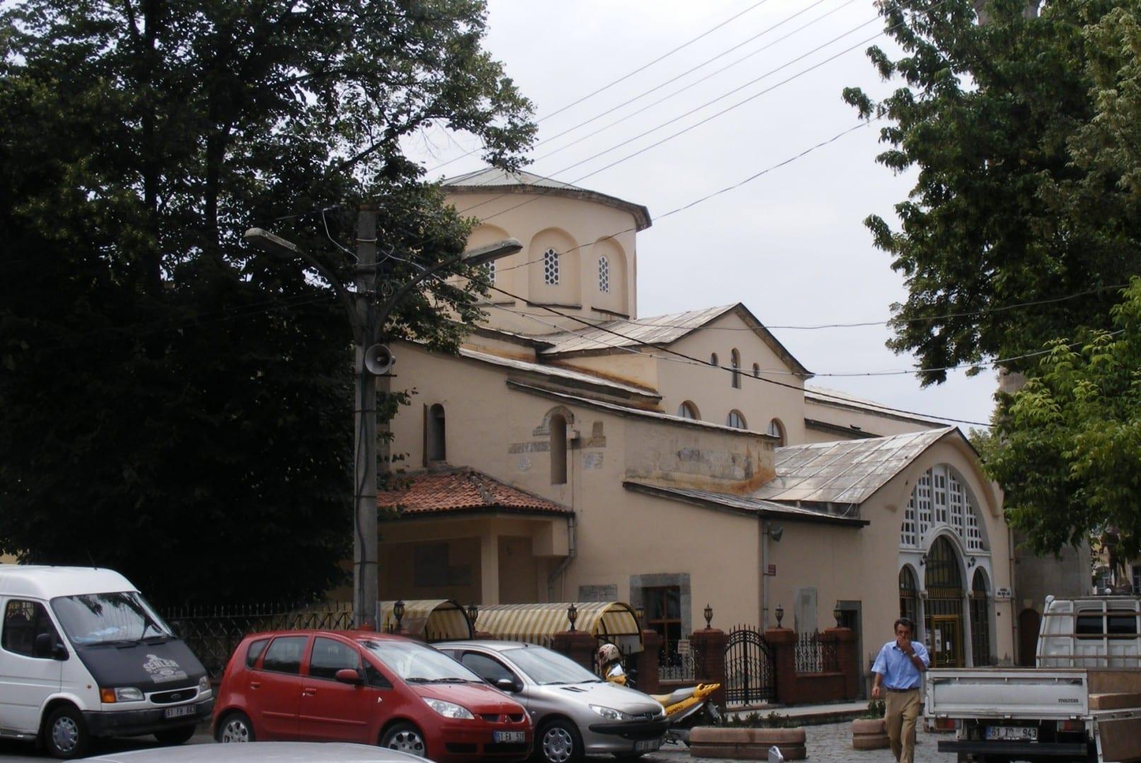 La mezquita Fatih, la antigua iglesia Panagia Khrysokephalos Trebisonda Turquía