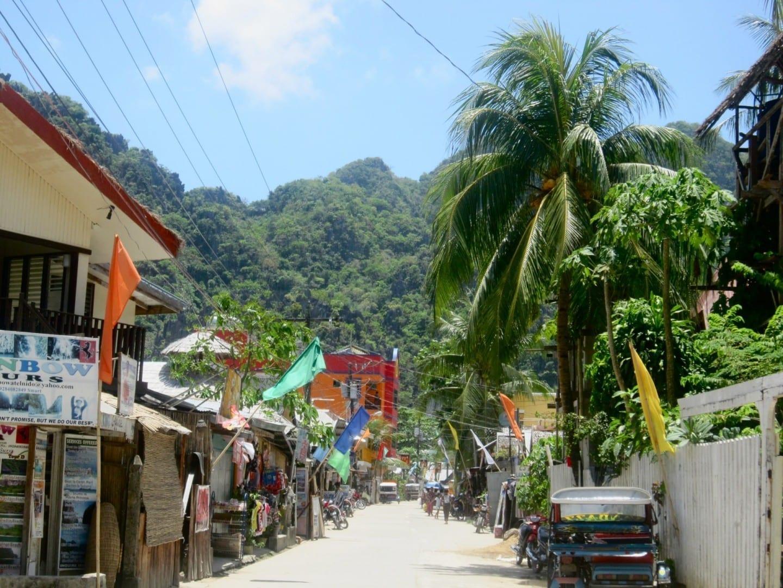 Las calles de la pequeña ciudad de El Nido. El NIdo Filipinas