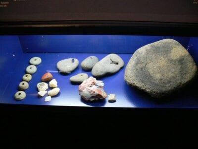 Las exhibiciones arqueológicas en el museo 871 +/-2 Reykjanes Islandia