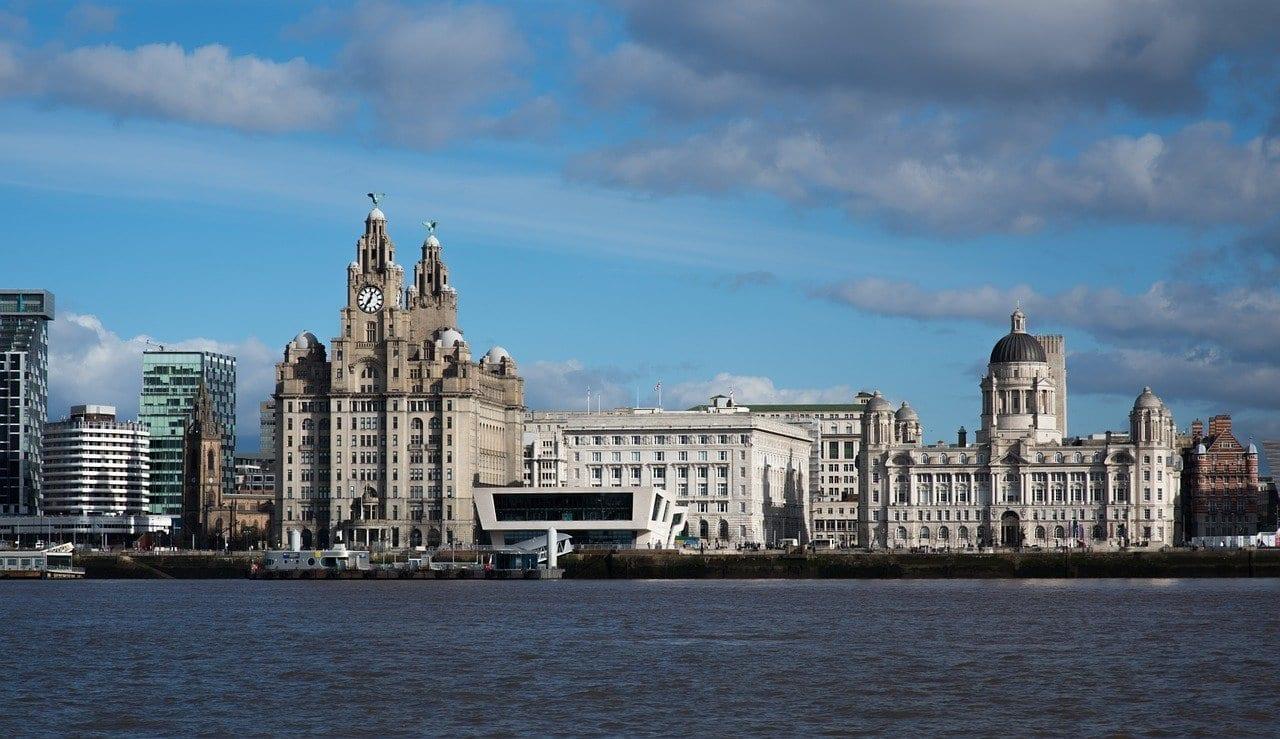 Liverpool Mersey Edificio De Hígado Reino Unido
