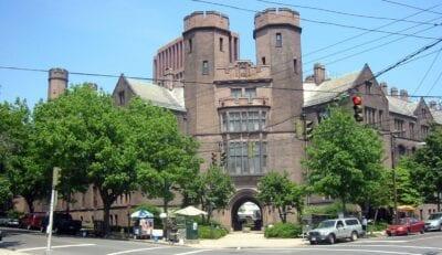 Los extravagantes laboratorios neogóticos Osborne Memorial de la Universidad de Yale New Haven (Connecticut) Estados Unidos