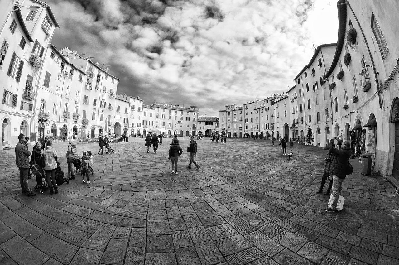 Lucca Plaza Piazza Anfiteatro Lucca Italia