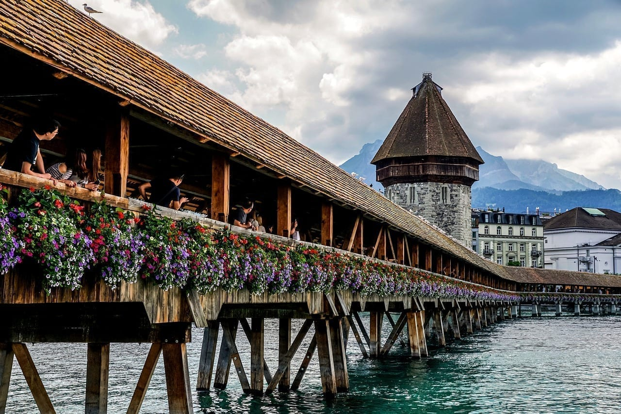 Lucerna Suiza Puente De La Capilla Suiza