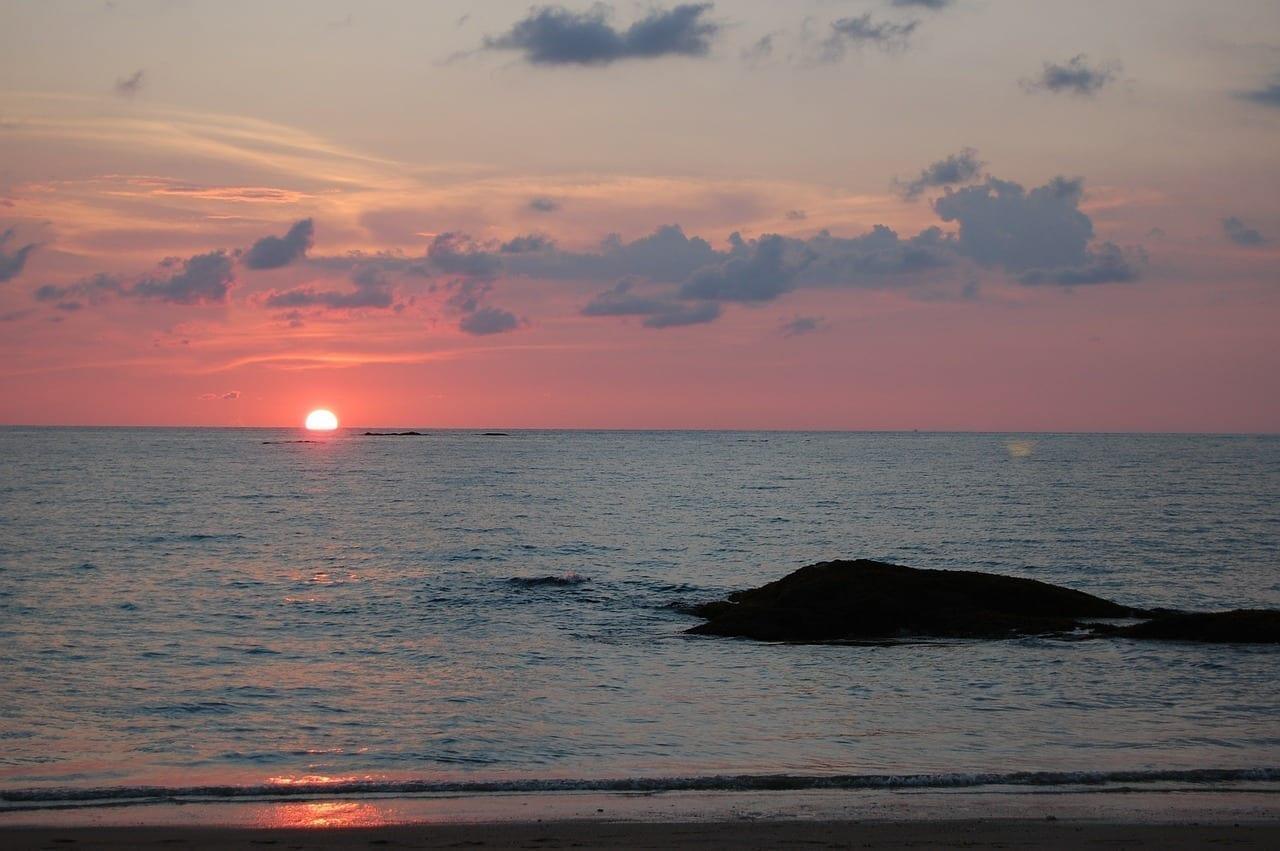 Mar Puesta Del Sol Khao Lak Tailandia