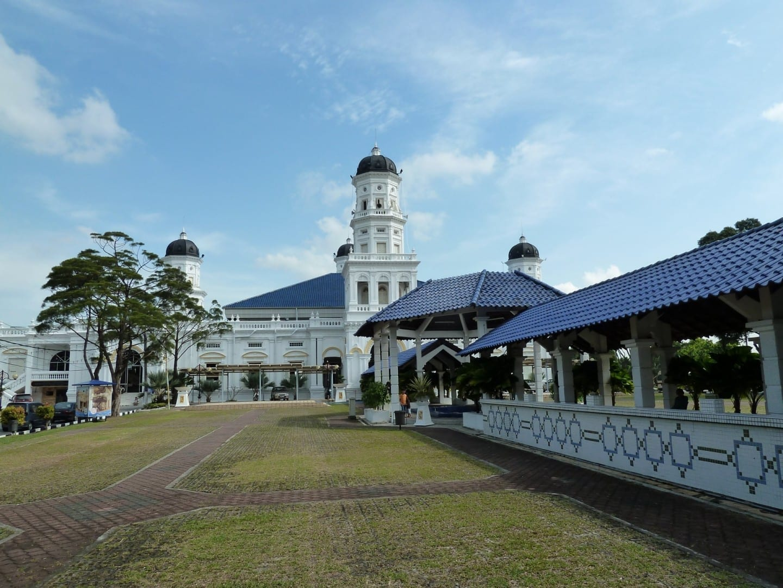 Mezquita Estatal del Sultán Abu Bakar Johor Baru Malasia