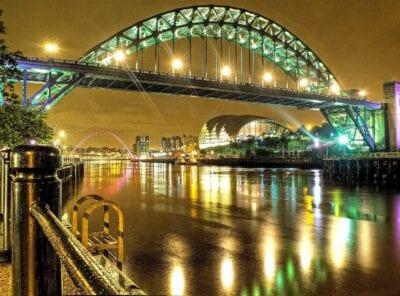 Newcastle Noche Luces Reino Unido