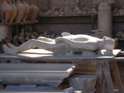 Otra víctima de la erupción Pompei Italia
