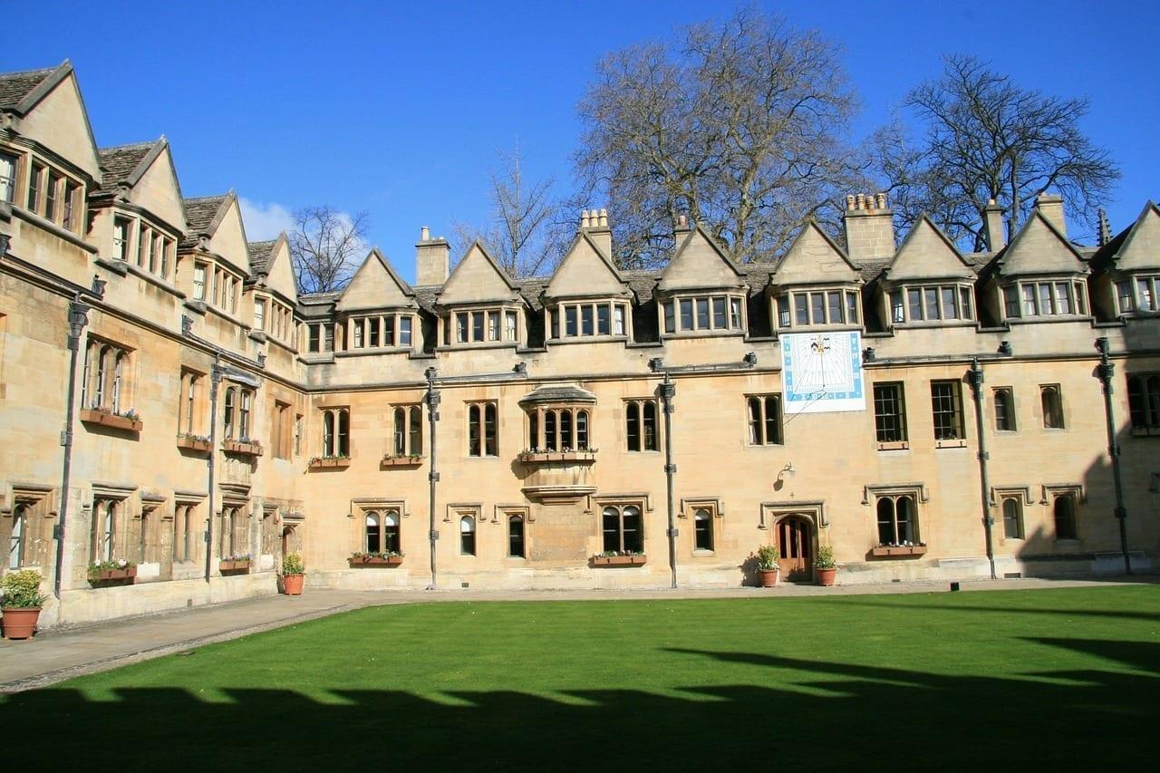 Oxford Inglaterra Patio Reino Unido