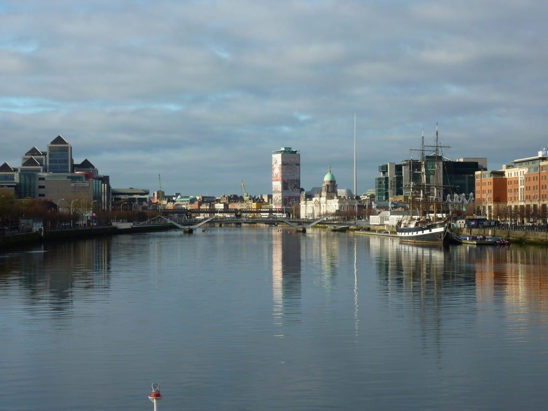 Panorama de la ciudad de Dublín Dublin Irlanda