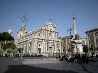 Piazza del Duomo Catania, Sicilia Italia