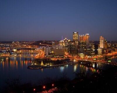 Pittsburgh Centro De La Ciudad Noche Estados Unidos