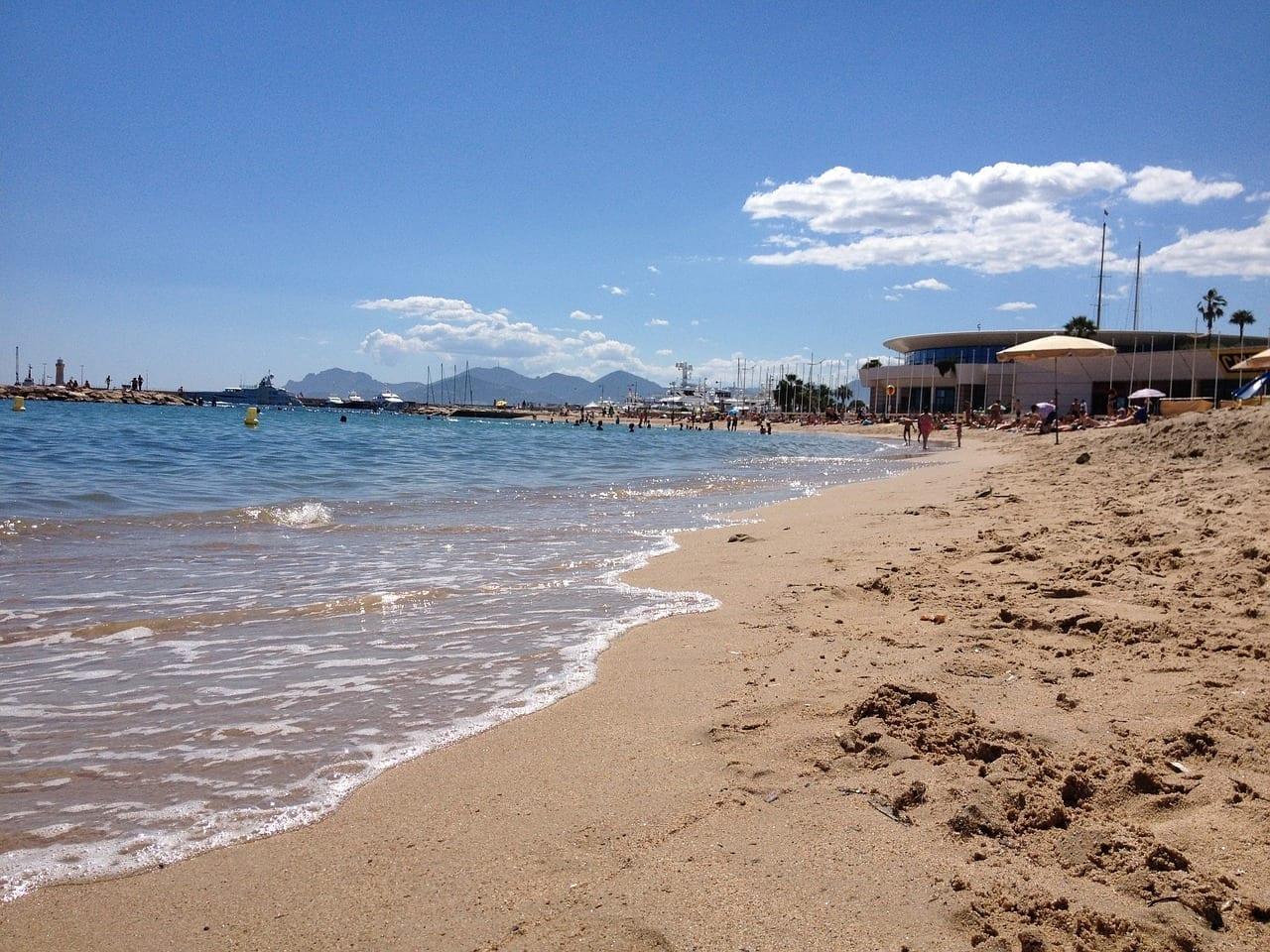 Playa Mar Cannes Francia
