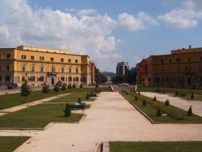 Plaza Skanderbeg en el centro de Tirana Tirana Albania