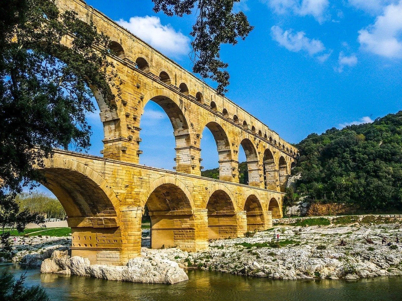 Pont Du Gard Nimes Arles Francia
