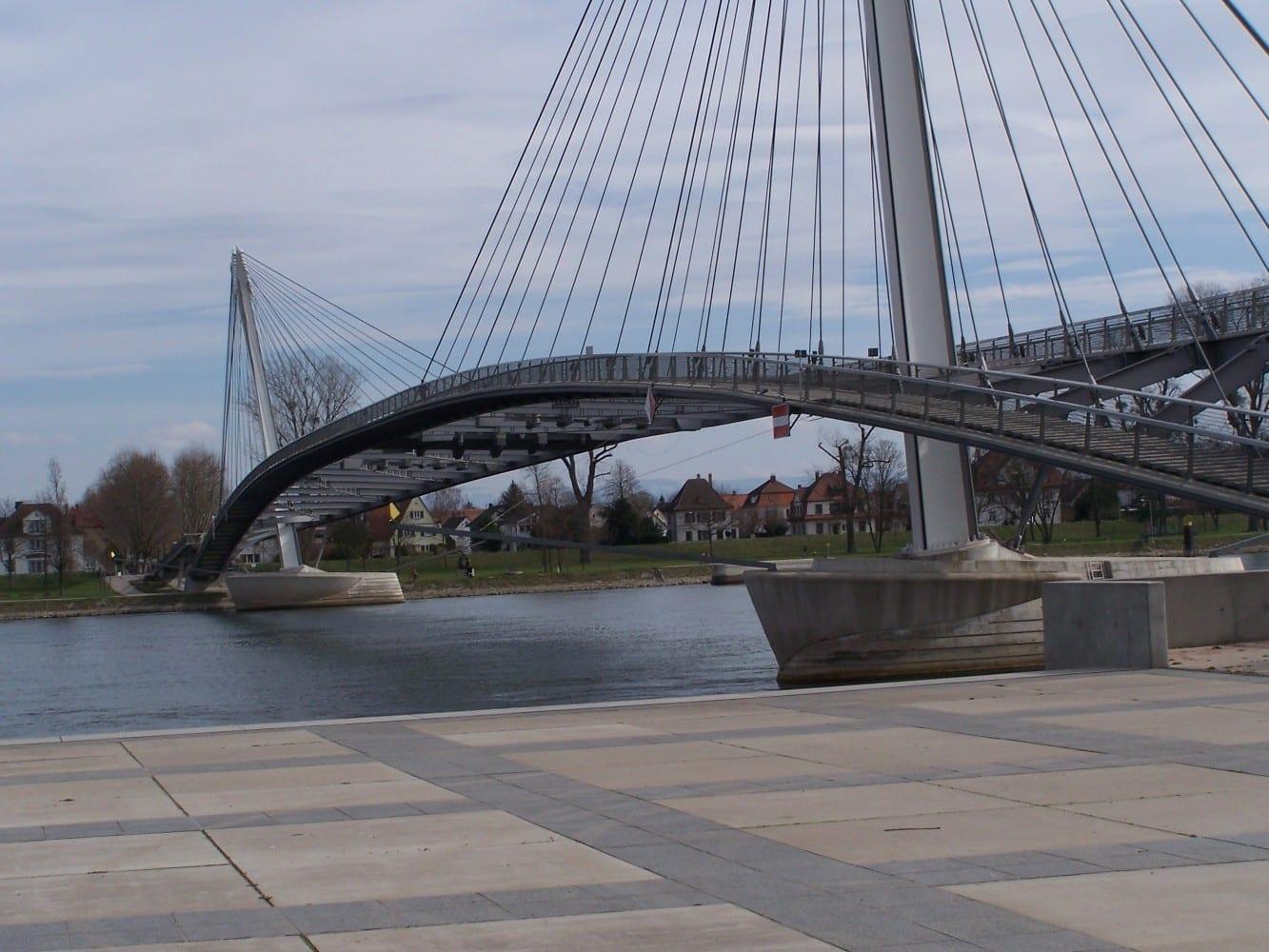 Puente peatonal a Kehl, Alemania Estrasburgo Francia