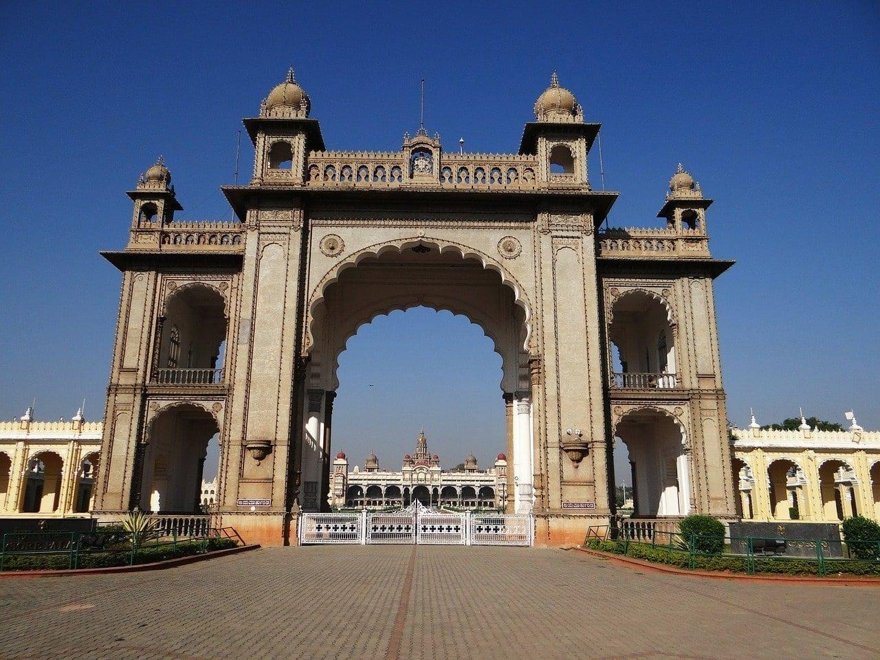 Puerta Palacio De Mysore Arquitectura India