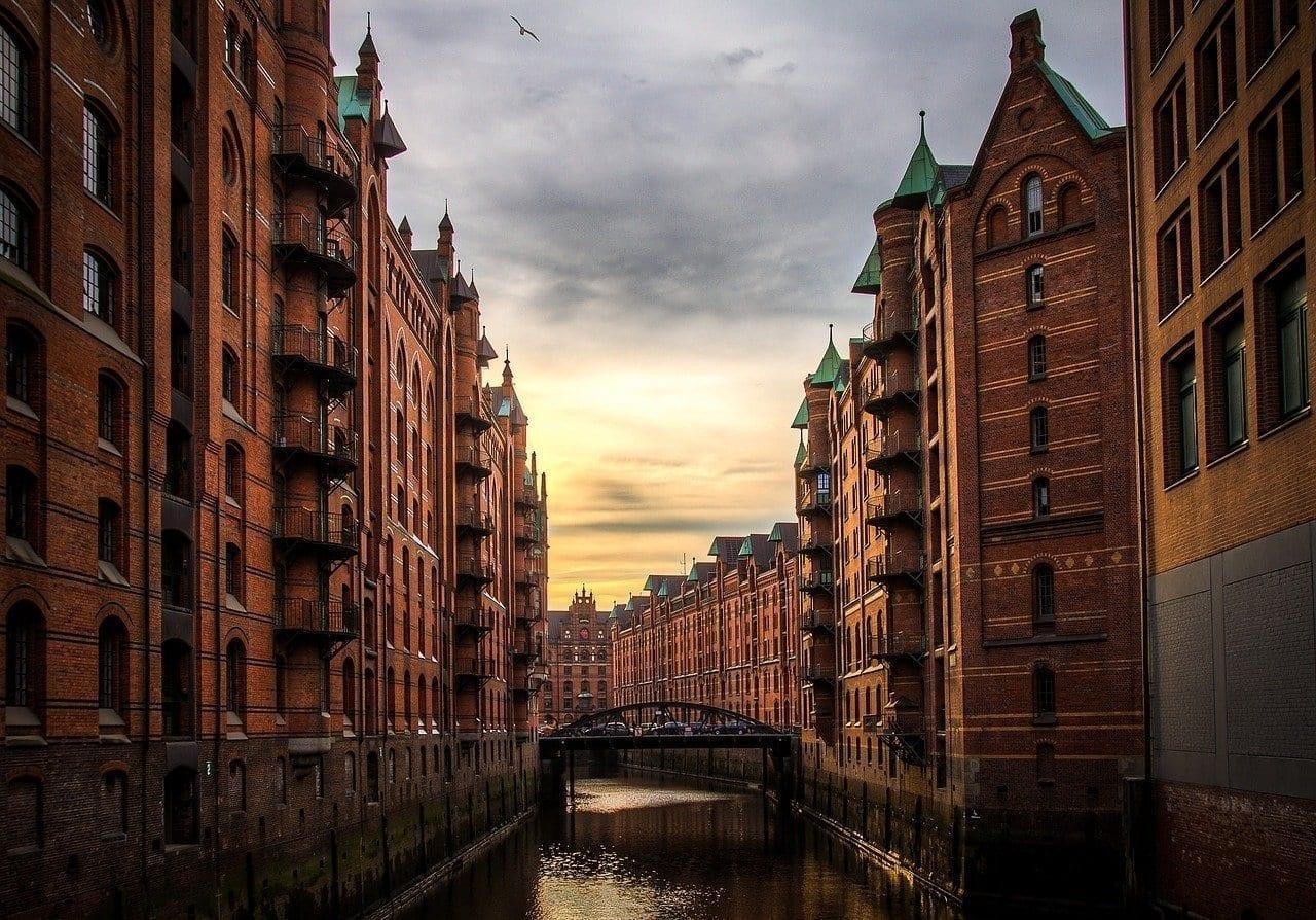 Río Edificios Hamburgo Alemania
