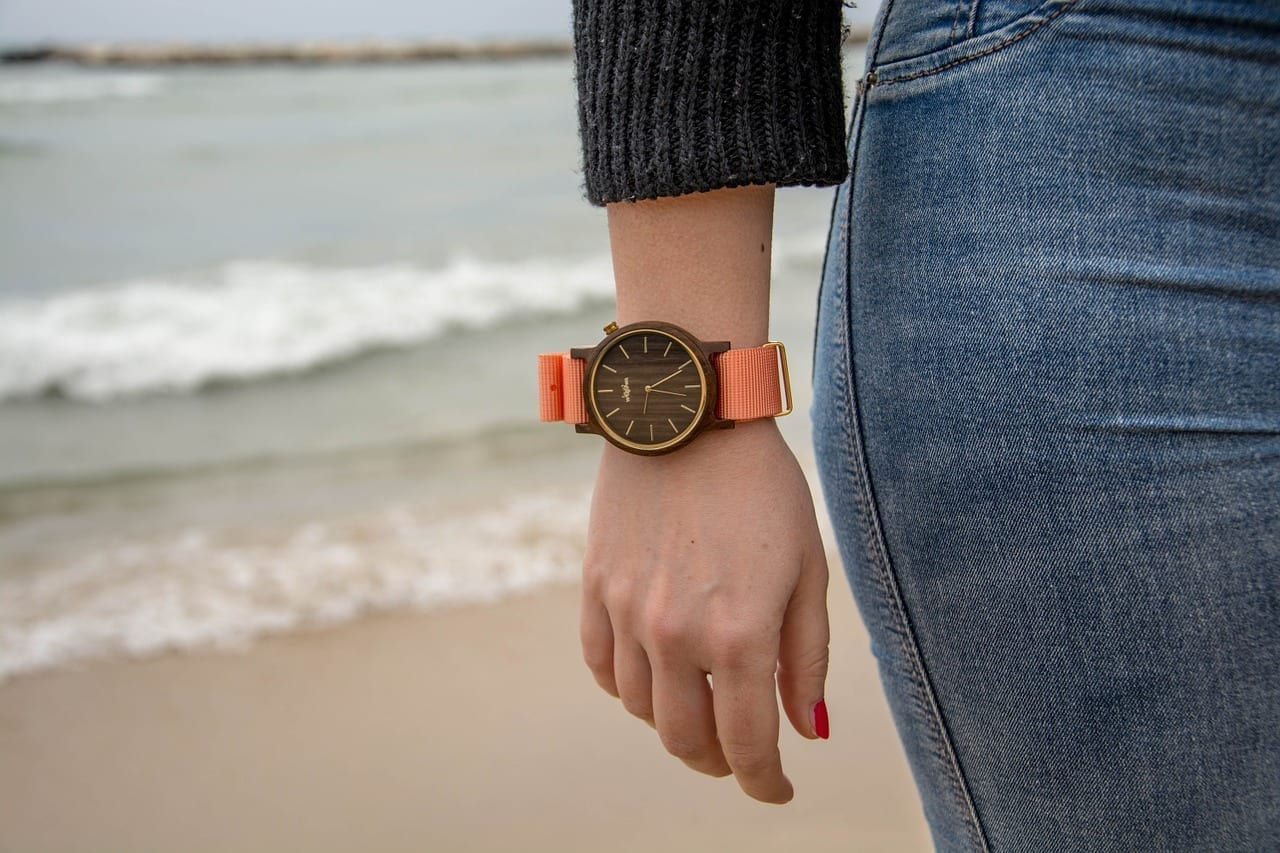 Relojes De Madera Ver Bari Italia